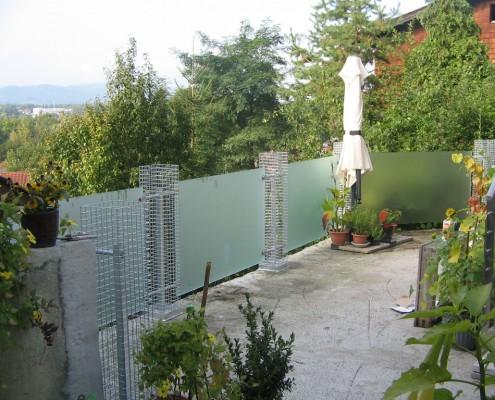 Stahlgeländer mit Glas für Terrassen und Balkone aus dem Hause Hillerzeder