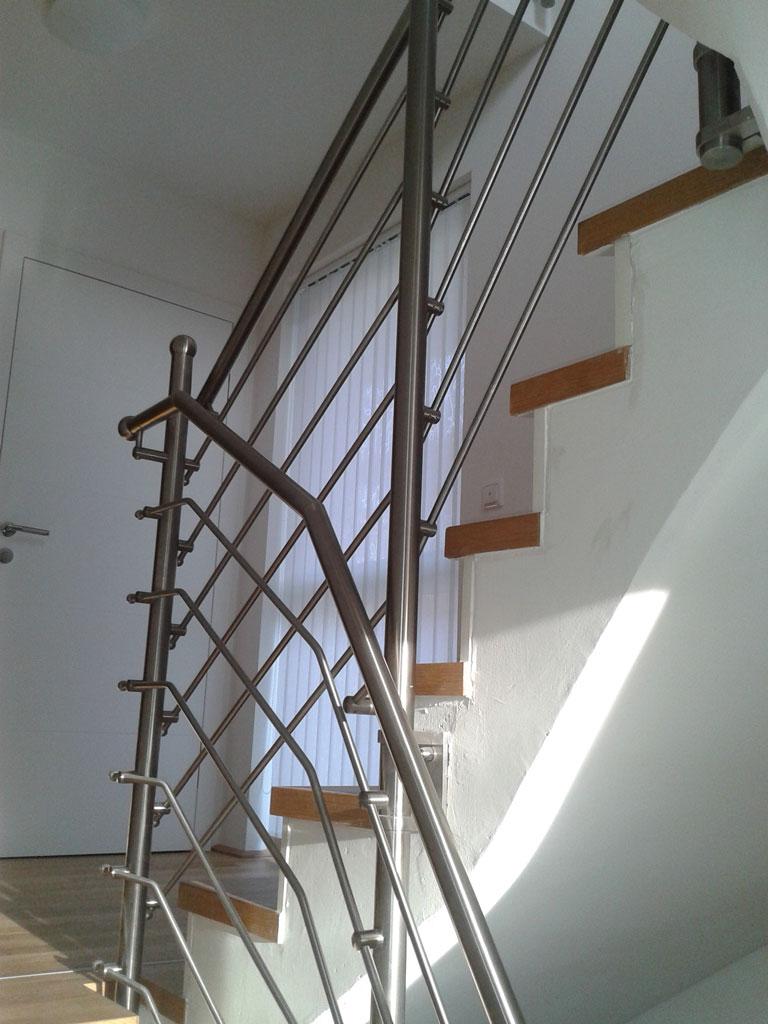 Stiegengeländer aus Stahl aus dem Hause Hillerzeder